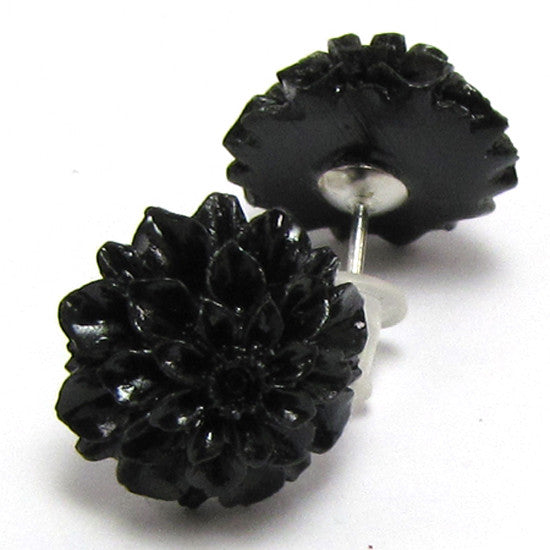 12mm synthetic coral carved chrysanthemum flower earring pair black