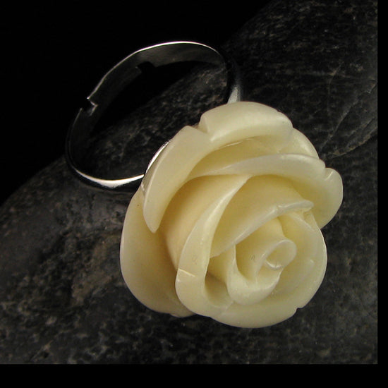 20mm cream synthetic coral carved rose flower adjustable ring size 5-7