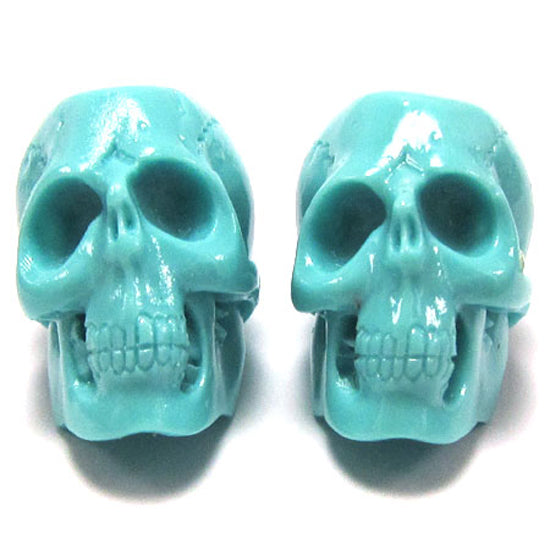 4 26mm Acrylic resin skull pendant bead blue