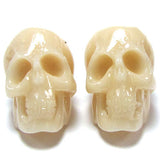 4 26mm Acrylic resin skull pendant bead cream