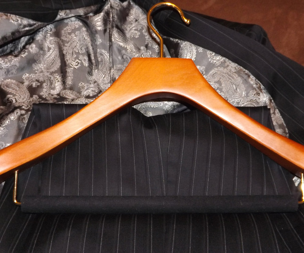 The Dickie Bow reviews Butler Luxury Hangers