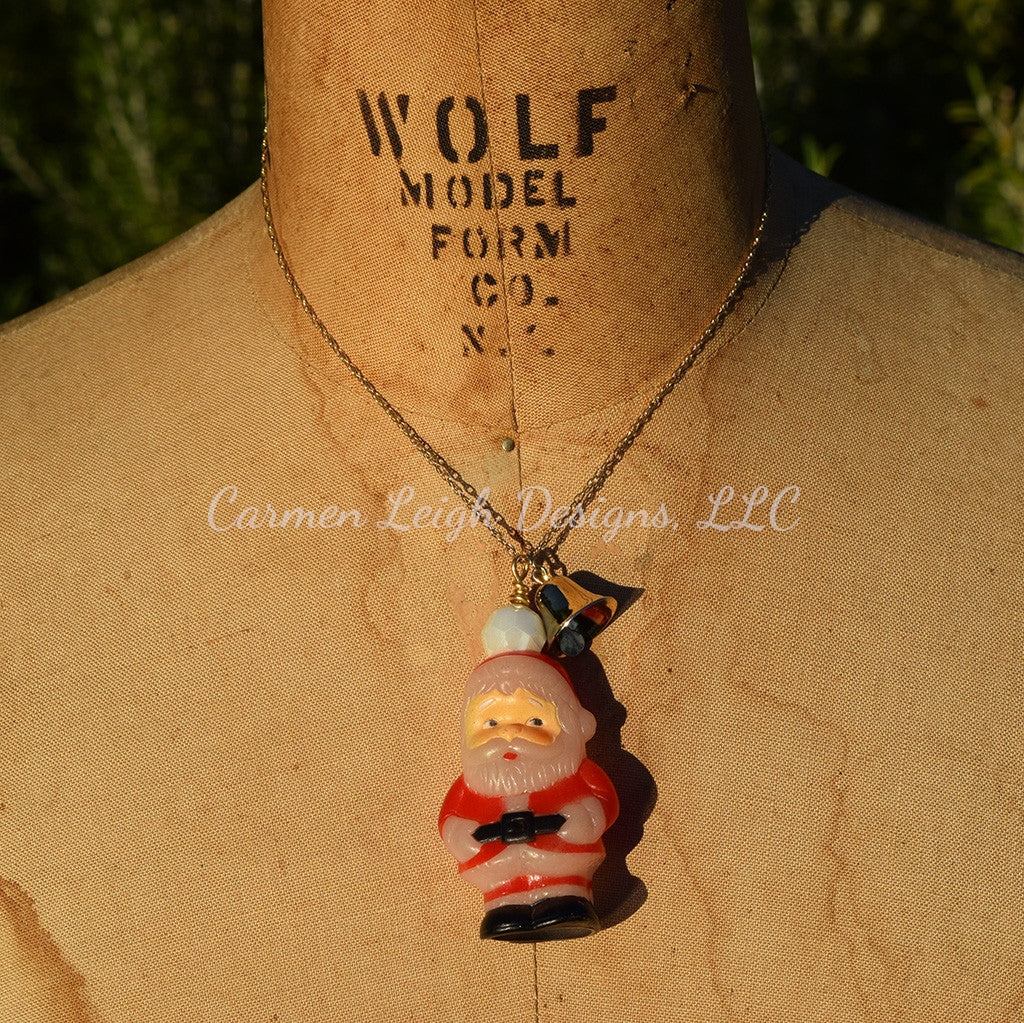 """Simple Santa"" #13 Vintage Necklace"