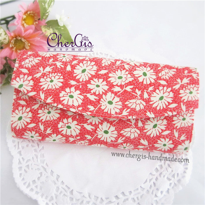 "Accordion Organiser for ""ang baos"" / vouchers - Lazy Daisy - Cherry"