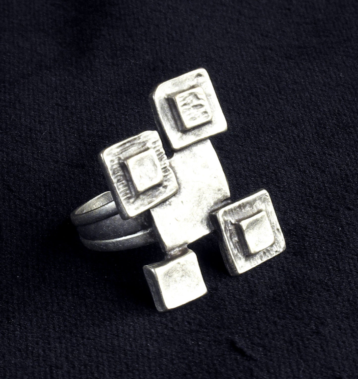 Pieces Ring