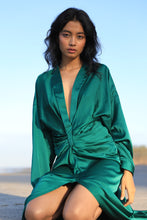 Load image into Gallery viewer, Green draped shirt dress