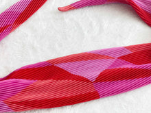 Load image into Gallery viewer, Pleated Head Scarf - Red and Pink