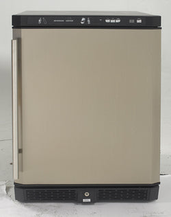 "AR5102SS-24"" Built-In Refrigerator"