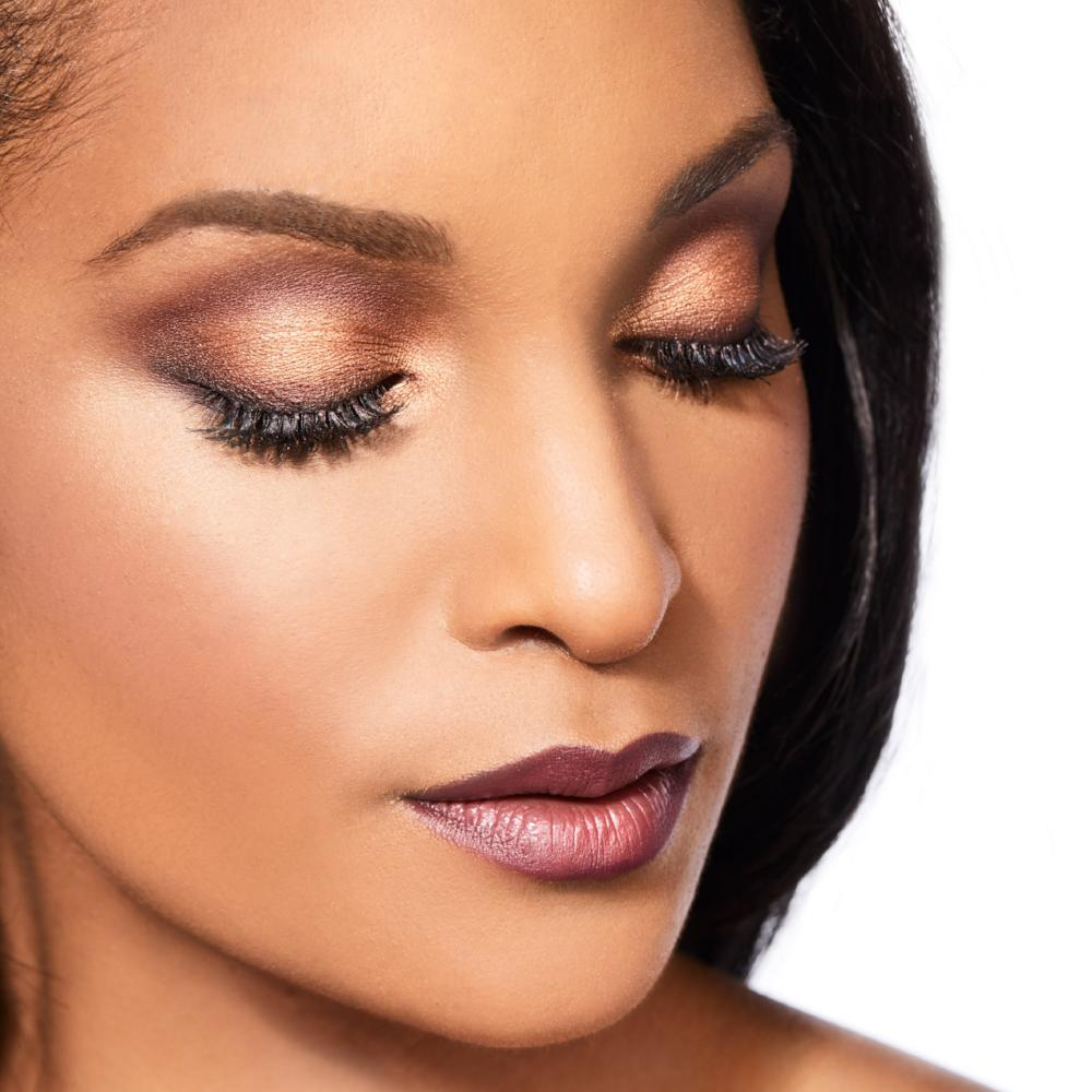 The Best Warm Copper Eyeshadow For Blue Eyes