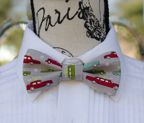 Holiday Retro Cars Bow Tie. Mens Bow Ties for weddings, prom, graduation, christmas parties and formal events. Bow Ties are handmade, pretied and made in Canada. Made by Mr. Bow Tie.