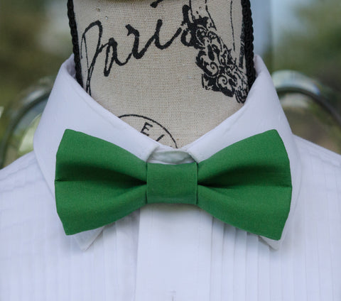 (61-77) Green Bow Tie - Mr. Bow Tie