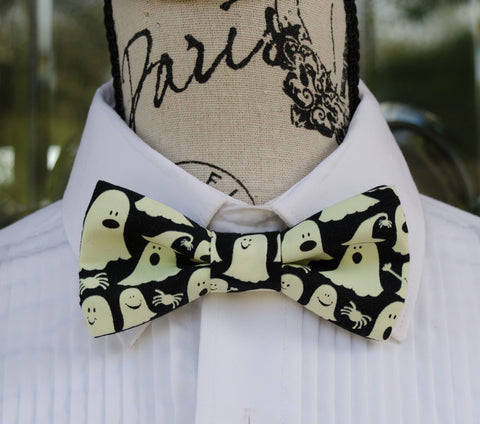 Glow in the Dark Ghosts Bow Tie - Mr. Bow Tie