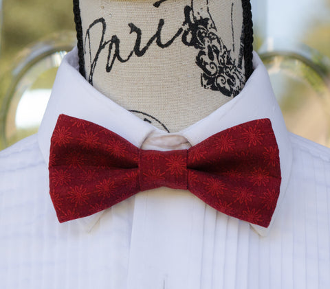Red Tone Snowflake Bow Tie - Mr. Bow Tie