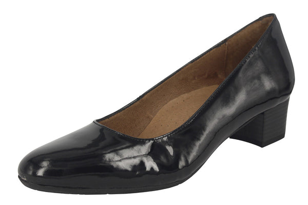 HOSTESS 35 - Patent Black