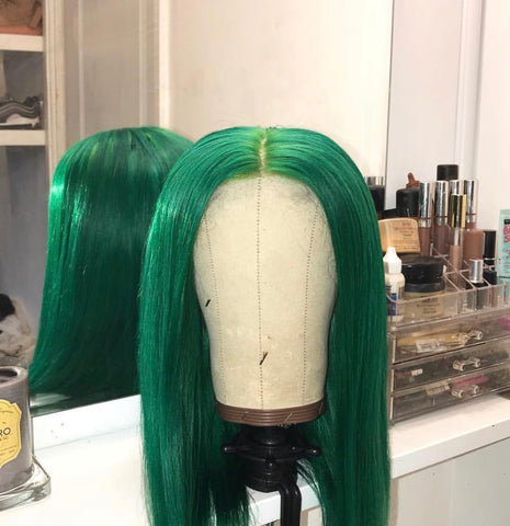 WIG: Green closure wig