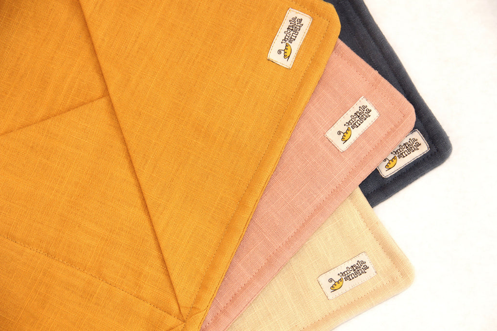 Hanging Linen Storage with Pockets - mustard