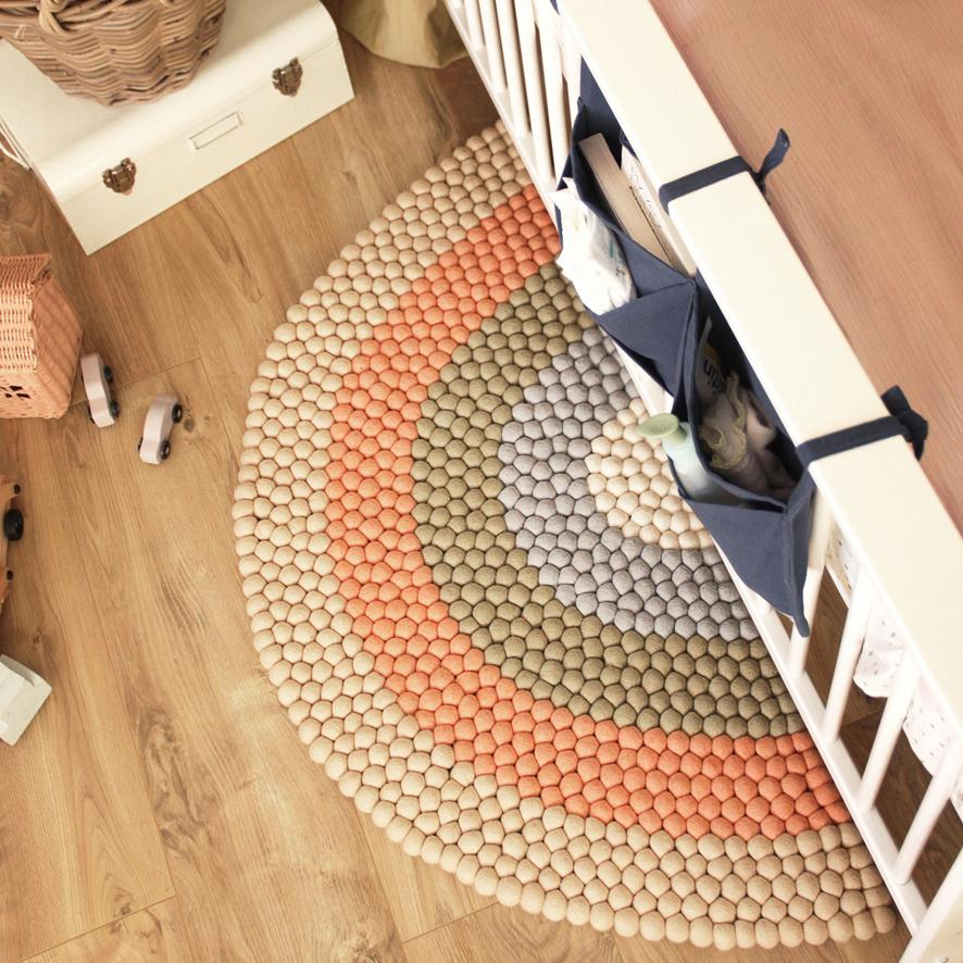 Rainbow Felt Ball Rug - Beige - Umbrella Amarela