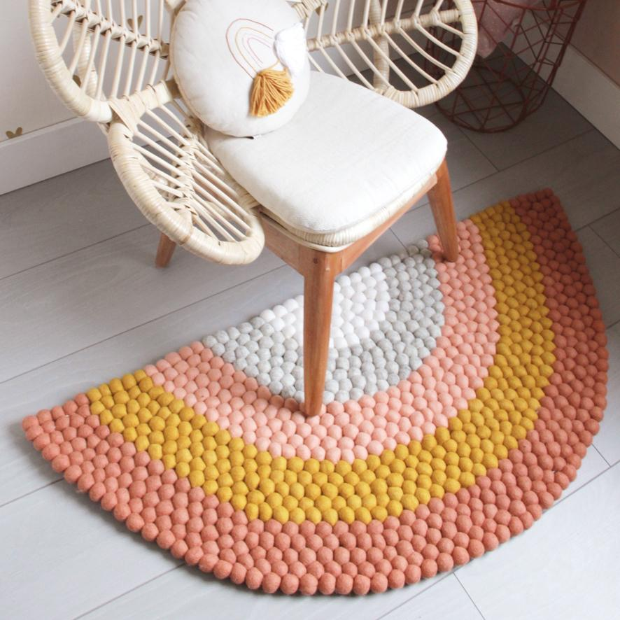 Rainbow Felt Ball Rug - Orange - Umbrella Amarela