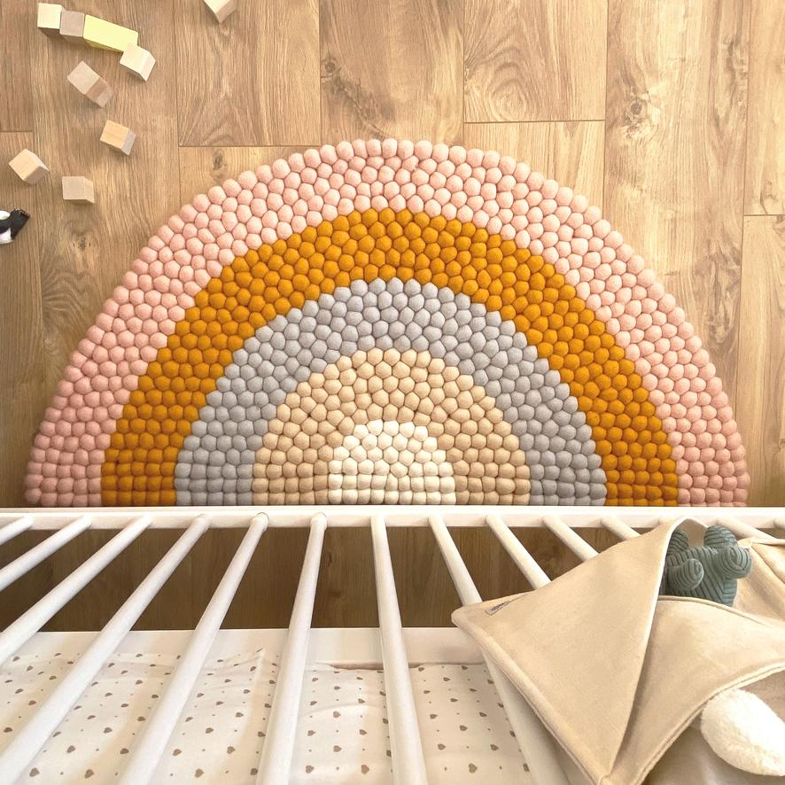 Rainbow Felt Ball Rug - Pink - Umbrella Amarela