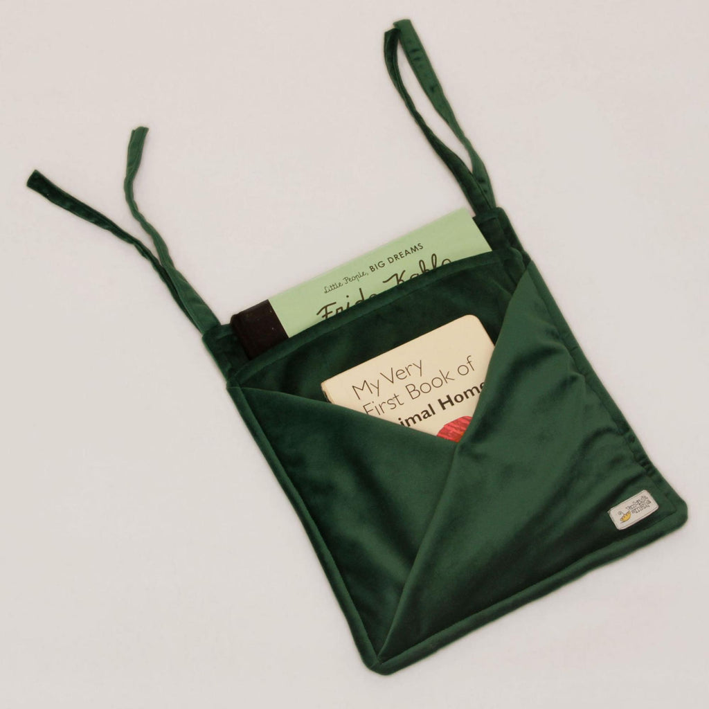 Hanging Velvet Pocket - Green - Umbrella Amarela