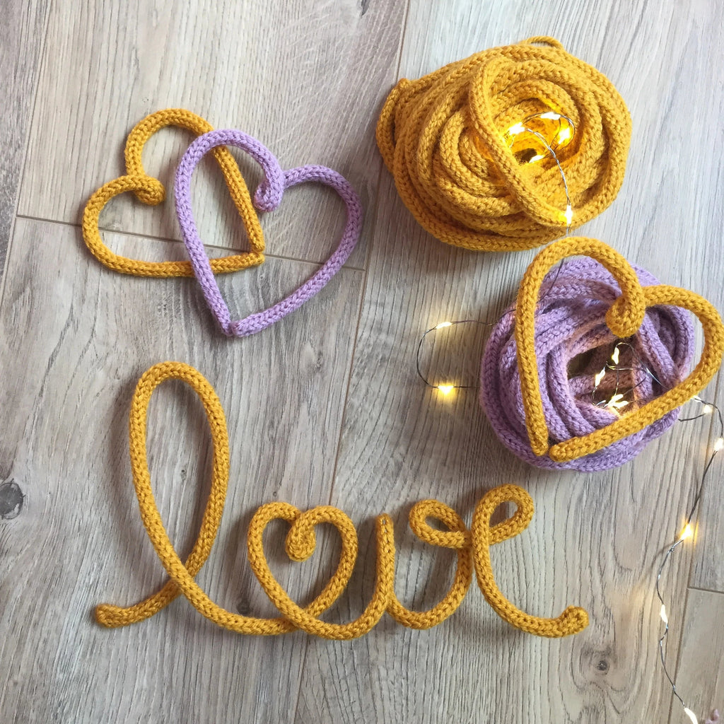 Knitted word  - Love (with heart) - Umbrella Amarela