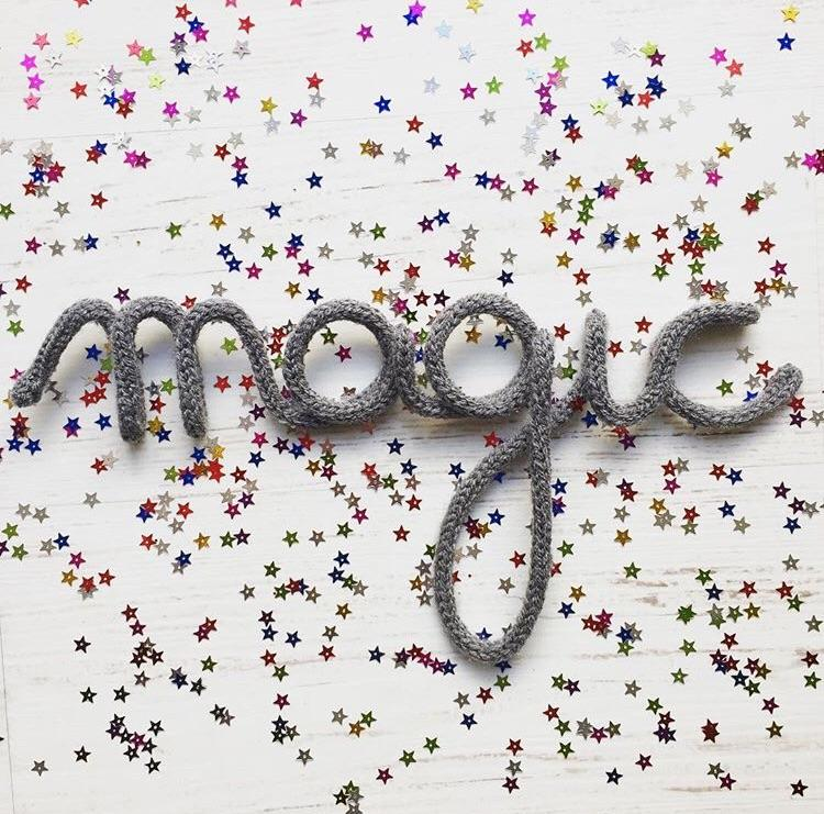 Knitted word sign - Magic