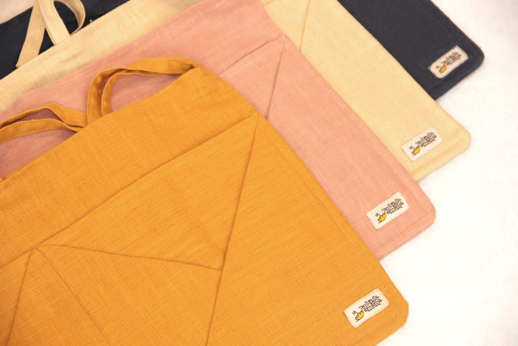 Hanging Linen Storage with Pockets - mustard - Umbrella Amarela