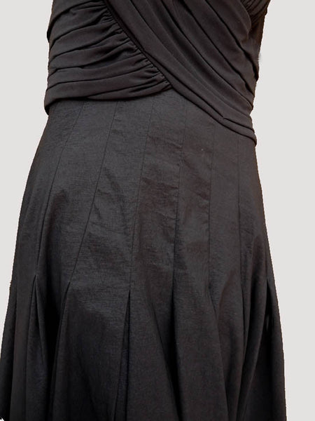 Adrianna Papell dress Black SZ 14 Sleeveless Full Gored skirt below  knees Ruched Crossover