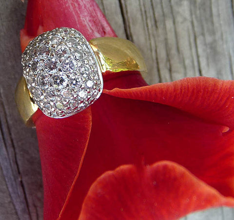 diamond pave 18k cluster ring size 10 18k yellow gold