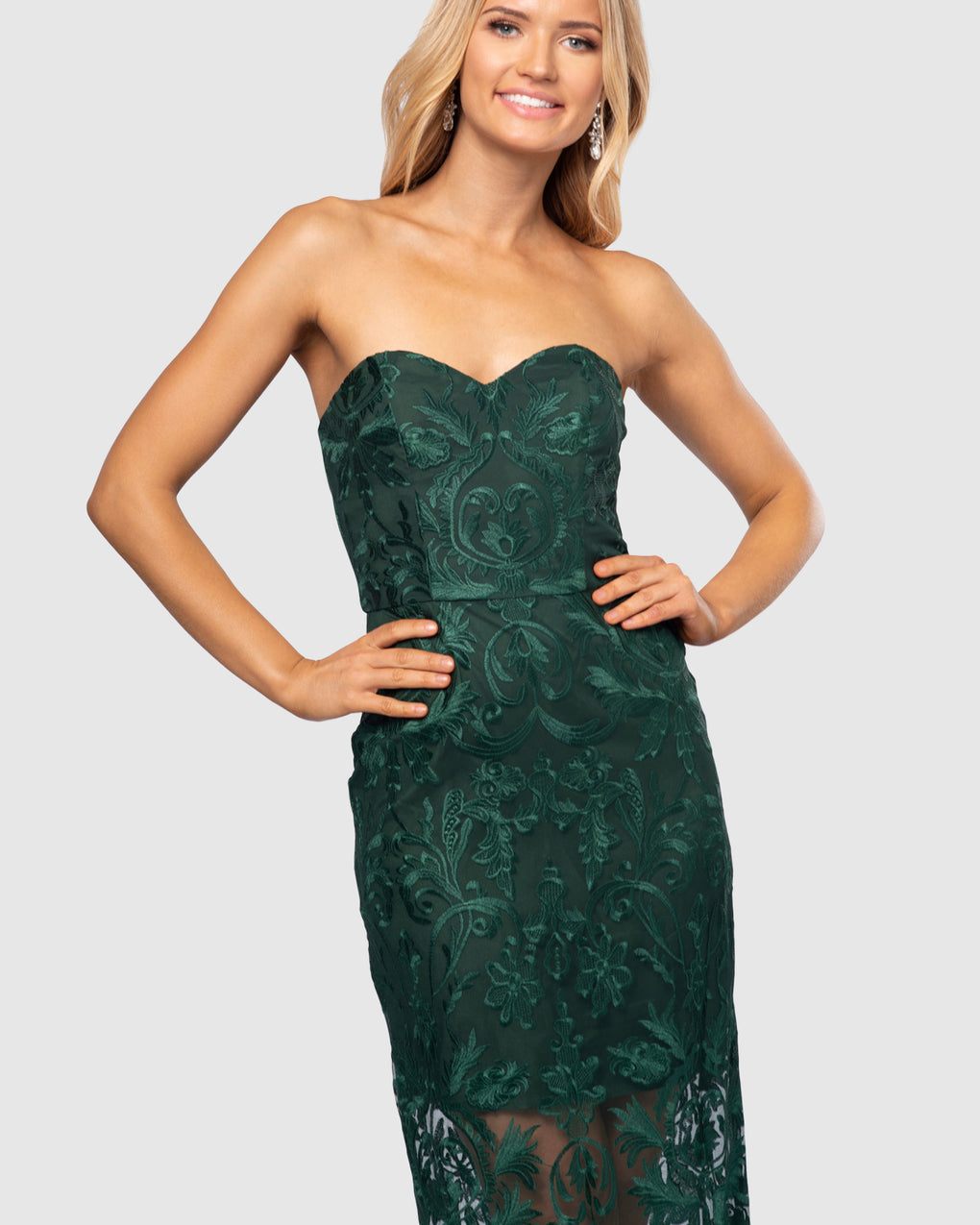 Yasmina Lace Gown
