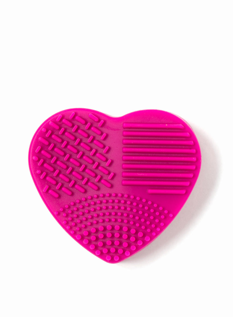 Brush Cleaner (Wet and Dry in one) Heart Shape in Pink