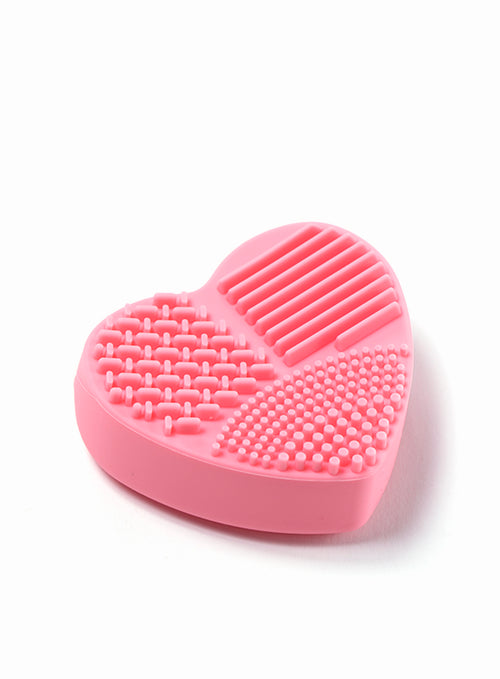 Brush Cleaner Heart Shape in Pink