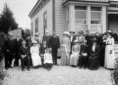 The wedding of Lucy Hill Thorn and William Thomson, January 1914.
