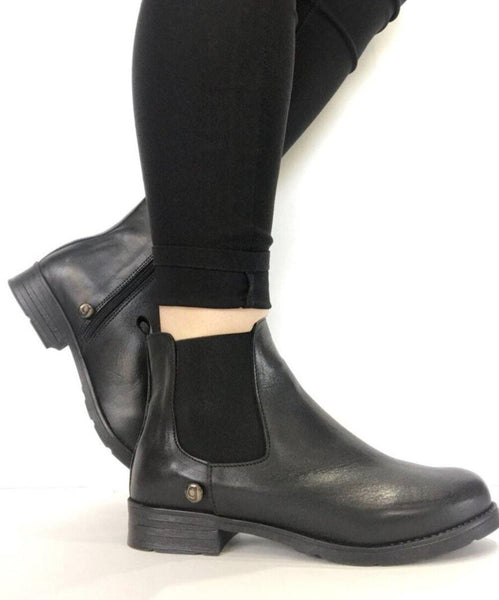 Galibelle Chelsea Boot - Black
