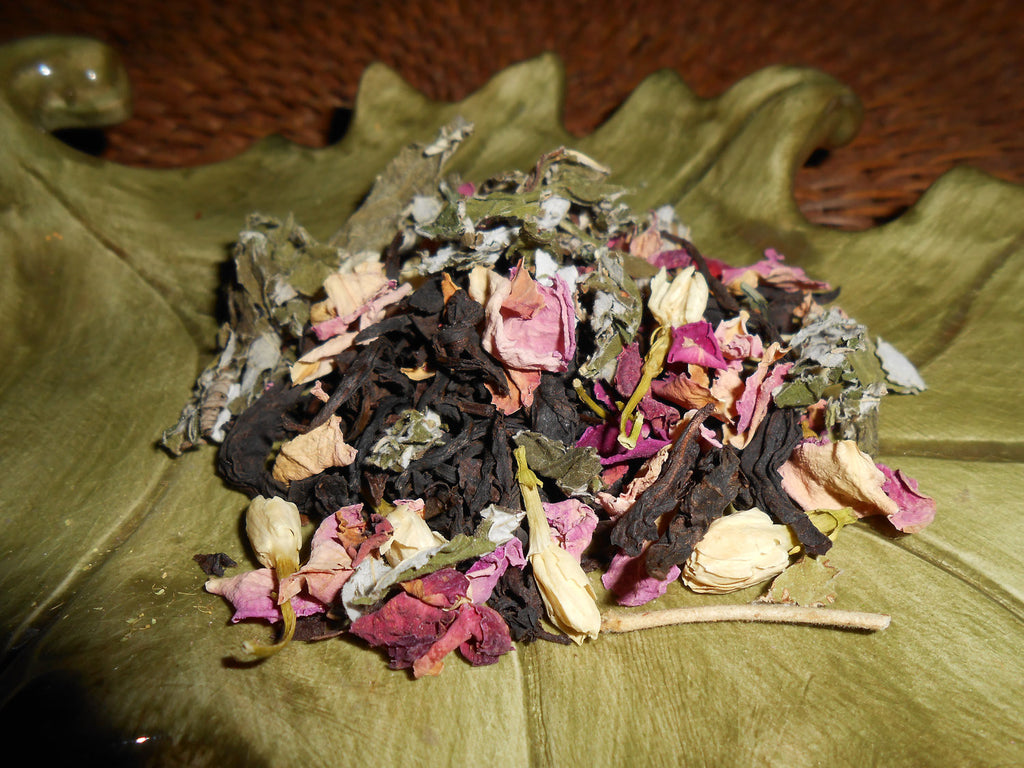 OOLONG REVERIE Artisan Tea Blend, Organic - CynCraft