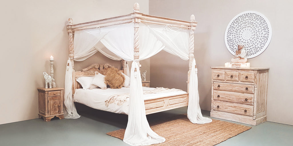 Classic Four Poster Bed