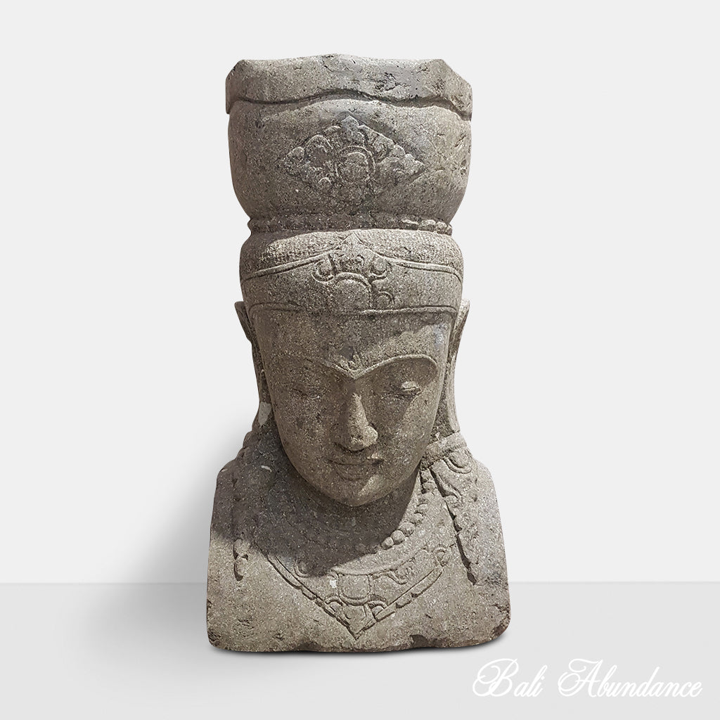 Hand Carved Greenstone Dewi Head Statue 102N