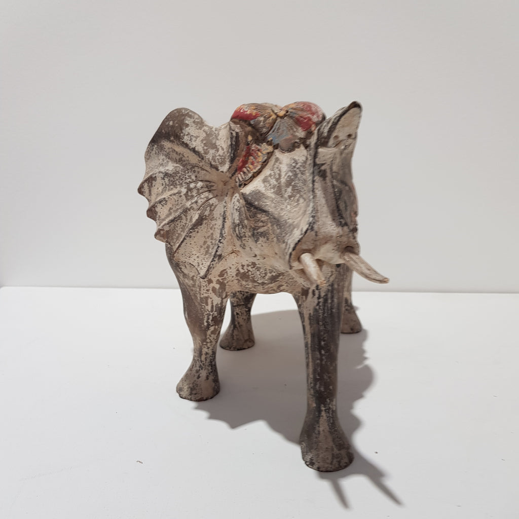 Whitewash Elephant Statue 200N