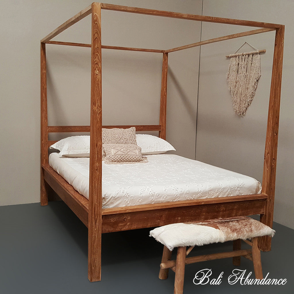Hand Carved Teak COMO Four Poster Bed in Antique Finish