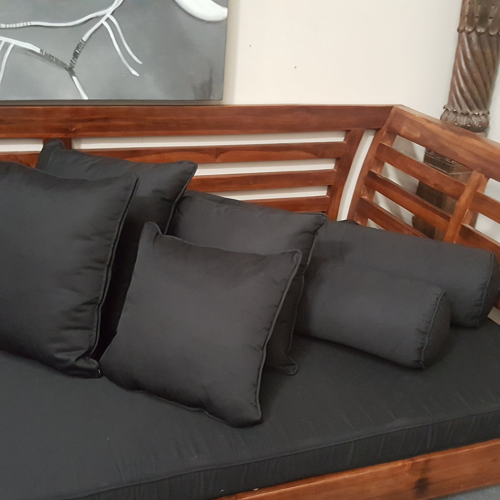 CHESTNUT Minimalistic Daybed with 7 Piece Black Cushion Set
