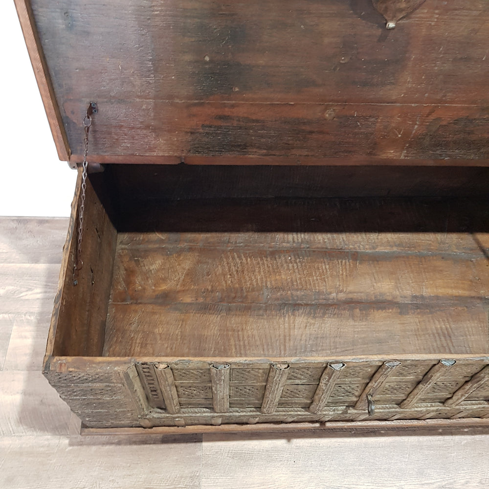 Indian Vintage Storage Trunk Coffee Table - Eco Village Collection 48U