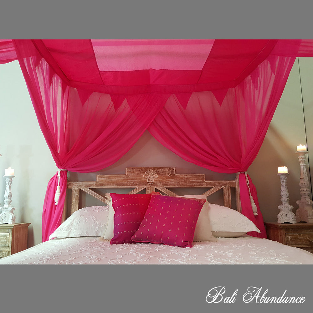 STANDARD Canopy Mosquito Net with Decorative Coconut Buttons in HOT PINK
