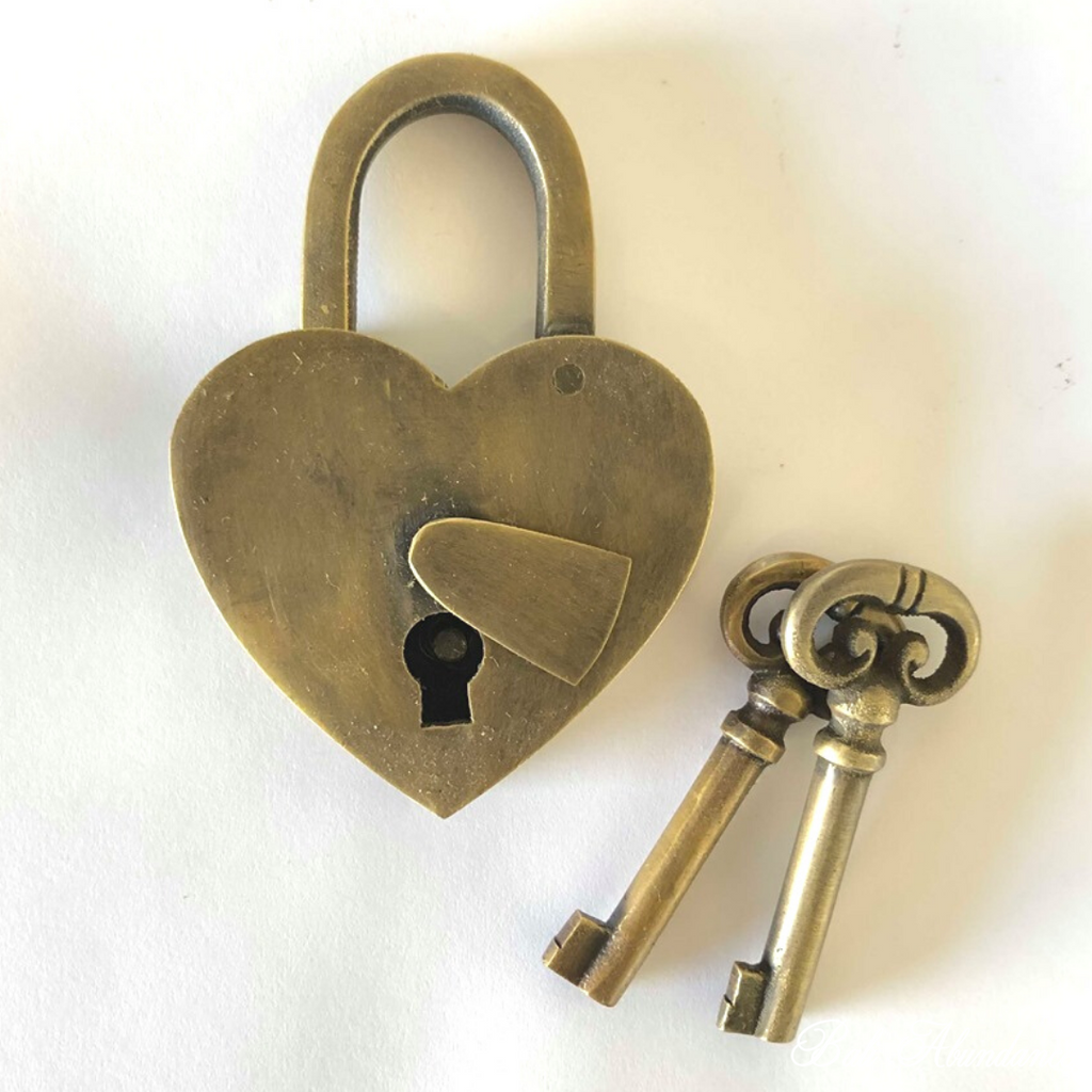 Antique Heart Brass Padlock with Keys