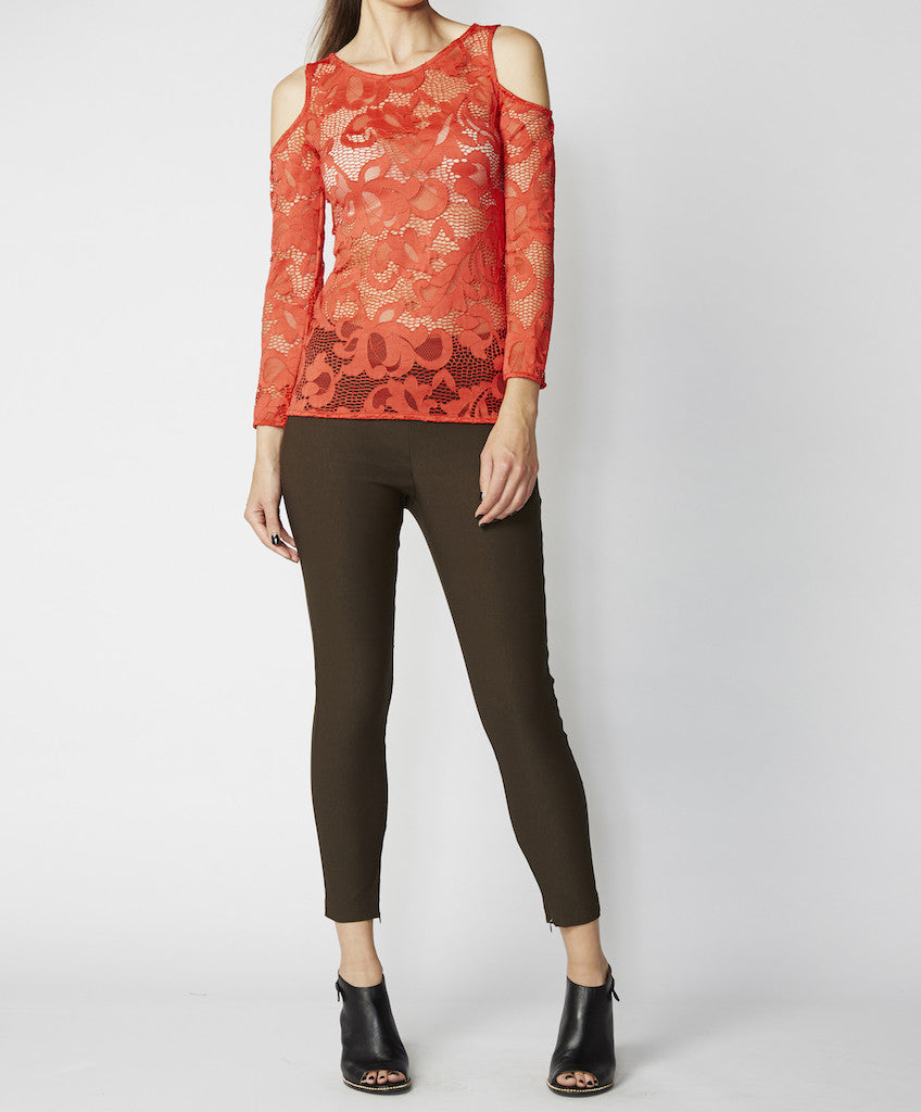Very Very cold shoulder fitted top Janice NCL, available in black, coral and khaki