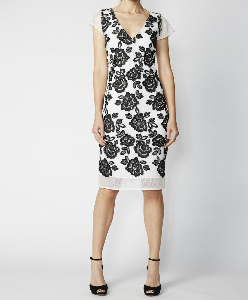 Very Very V-neck fitted dress with cap sleeves Nicole CGA