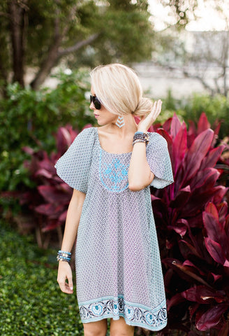 the supper model, palm beach blogger, darcy jones, sangie palm beach, arm candy , beaded,bracelet stacks