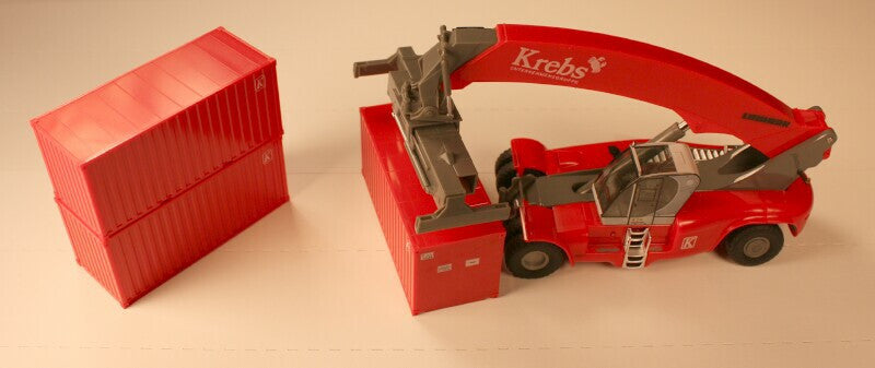 #50001 - HO Scale Container Stacker