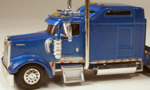 #T-5003 		Kenworth W900L with 86 in Studio Sleeper Blue