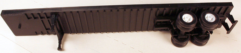#50613 - Athearn 45 ft Trailer Floor Plastic Wheels and Plastic Tires