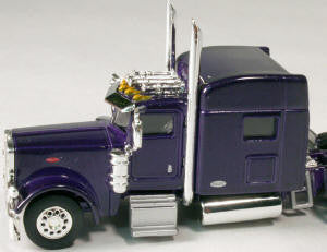 #T-6002 		Peterbilt 389 with 70 in Standard Sleeper Purple
