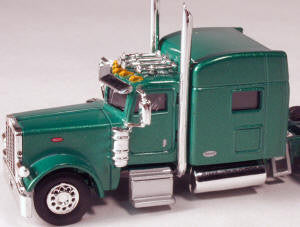 #T-6004 		Peterbilt 389 with 70 in Standard Sleeper Green
